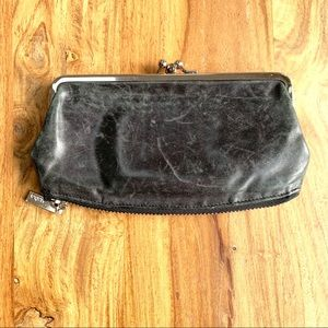 Hobo Black Smooth Leather Kisslock Clutch